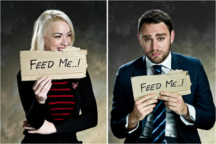 funny portraits of people holding signs